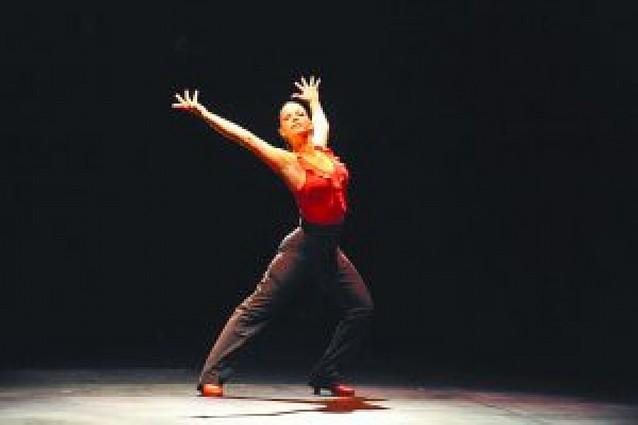 """""""Serrat baila"""" esta tarde en el Gayarre"""