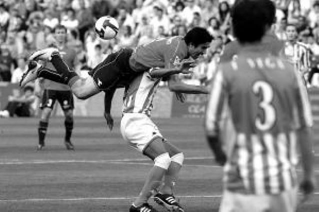 """Azpilicueta: """"Así es difícil ganar un partido"""""""