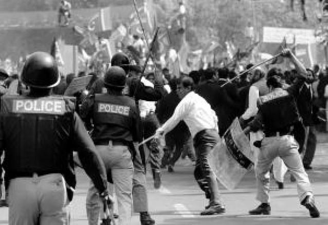 Crece la tensión en Pakistán