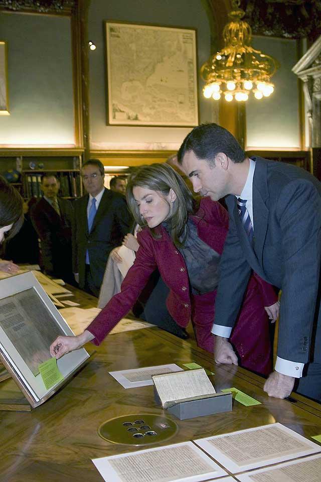 Don Felipe anima a las empresas españolas a ampliar sus alianzas en otros mercados