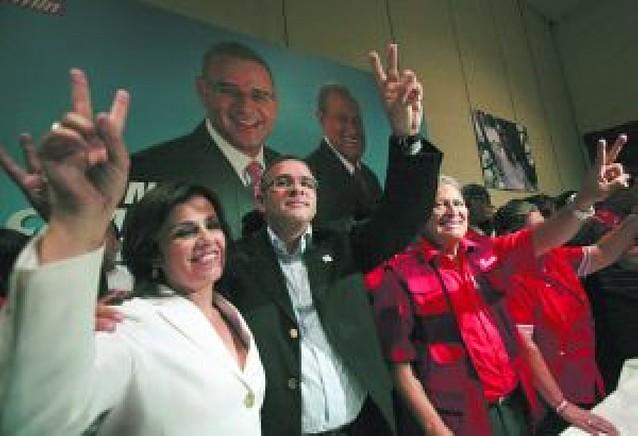 La izquierda salvadoreña rompe con veinte años de la derecha en el poder