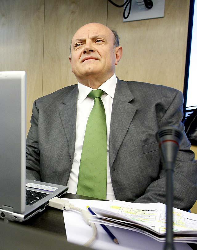 """La CECA pide más medidas a Gobierno y banca para evitar una """"situación dramática"""""""