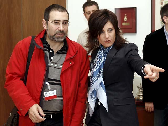 """Molinero (CCOO) pide al Parlamento foral que debata """"deprisa y aporte soluciones"""" a la crisis"""