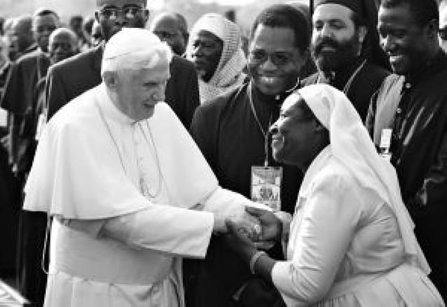 Camerún y Angola, en la primera visita de Benedicto XVI a África