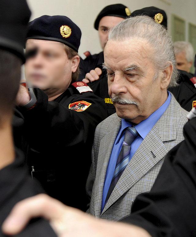 El jurado del caso de Josef Fritzl delibera tras escuchar una nueva disculpa del acusado