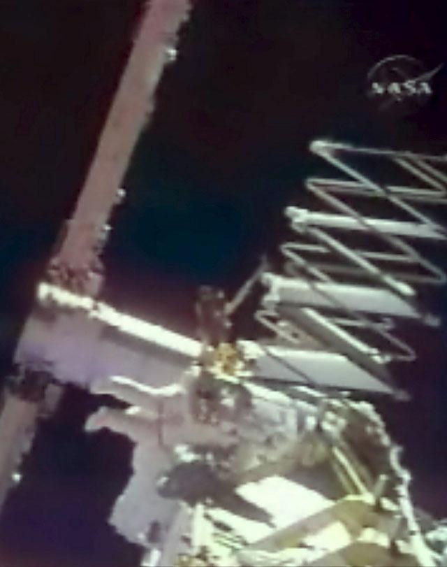 Finaliza con éxito la instalación de una viga en la estructura de la Estación Espacial Internacional