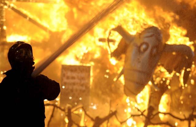El fuego cierra las Fallas de 2009