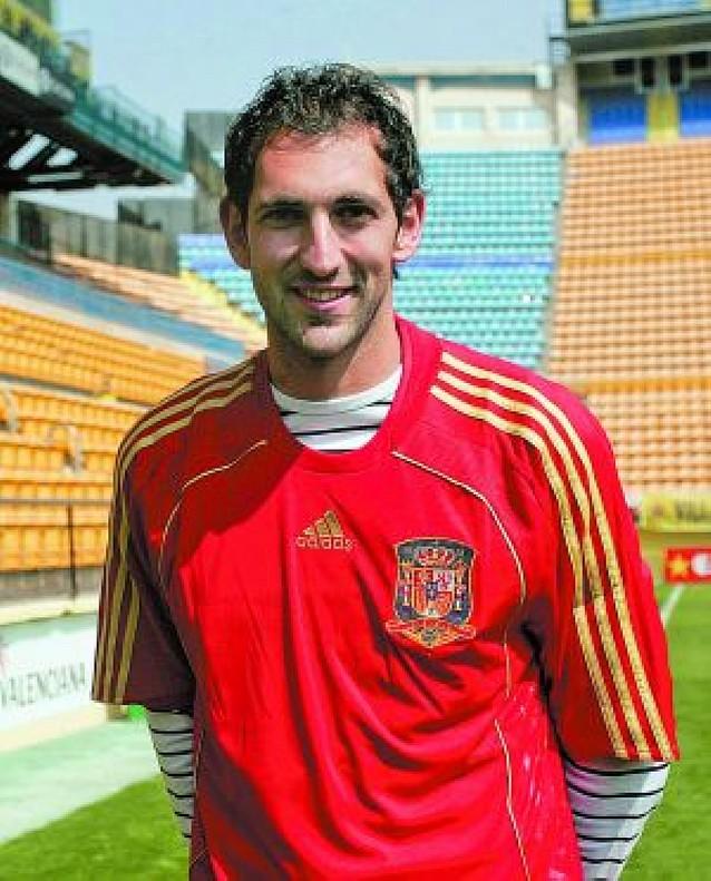 Diego López, única novedad