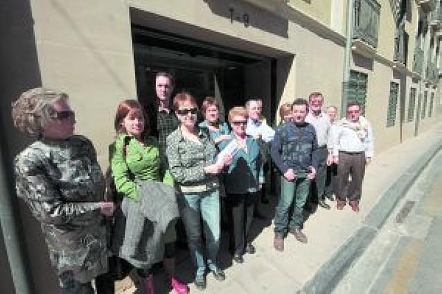900 vecinos de la Rochapea firman contra los nuevos edificios del bulevar
