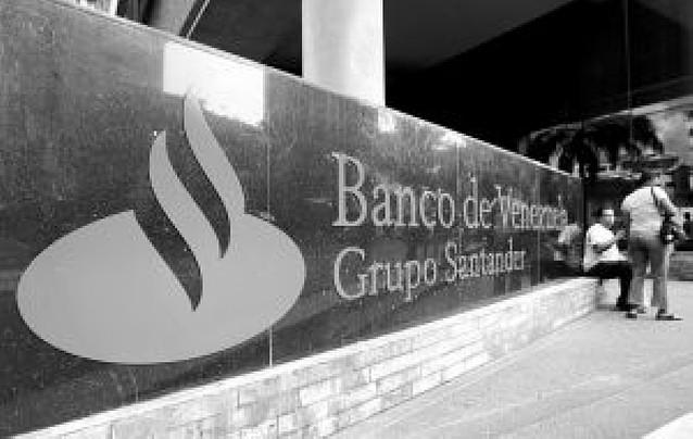 Chávez insiste en nacionalizar la filial venezolana del Santander