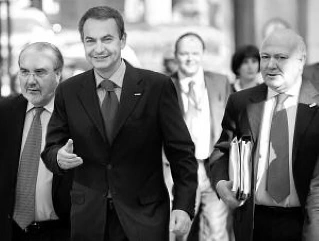 La UE dará un préstamo de 75.000 millones al FMI y 50.000 millones a los países del Este
