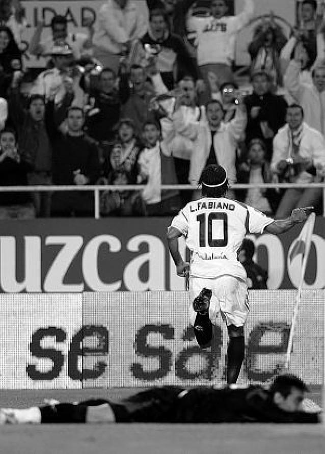 El Sevilla aplasta al Valladolid