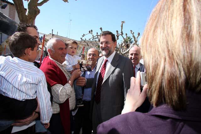 """Rajoy cree que la historia del AVE en Navarra es """"la de un gran engaño"""""""