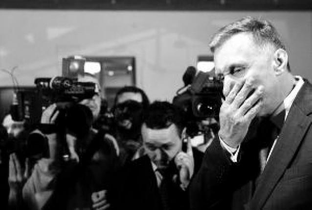 Cae el Gobierno de la República Checa en plena presidencia de la Unión Europea