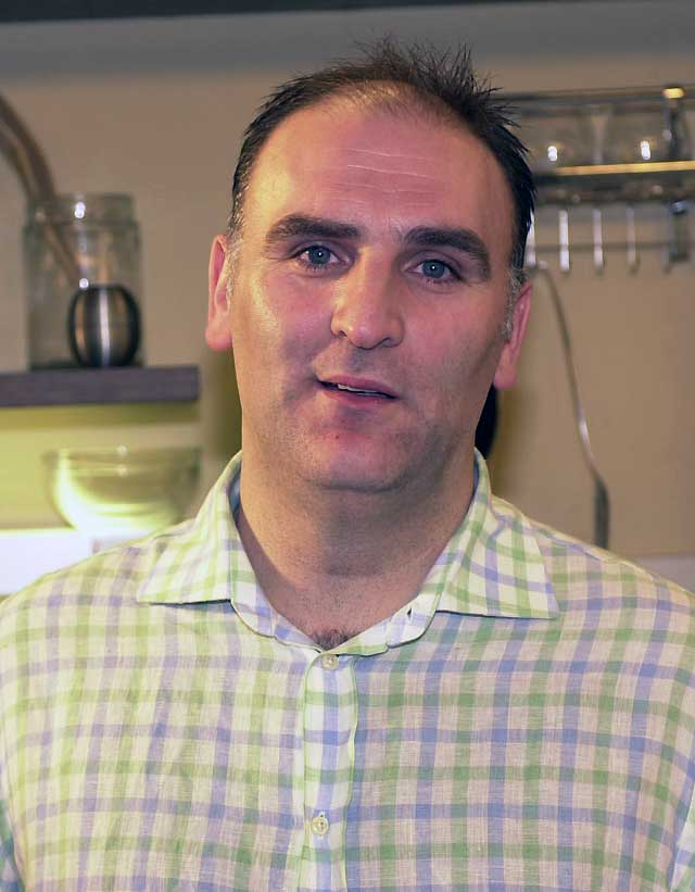 El cocinero español José Andrés, nominado a los premios James Beard