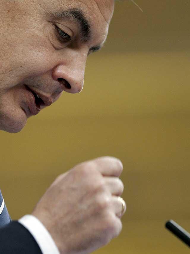 Zapatero afirma que las medidas anticrisis ya han dado efectos positivos