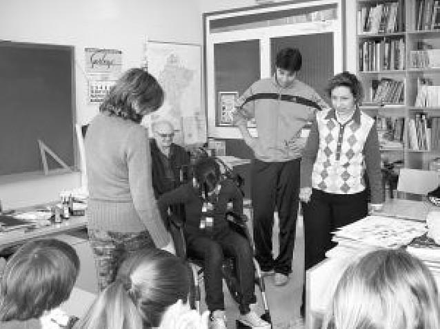Amife traslada a los escolares lecciones sobre discapacidad