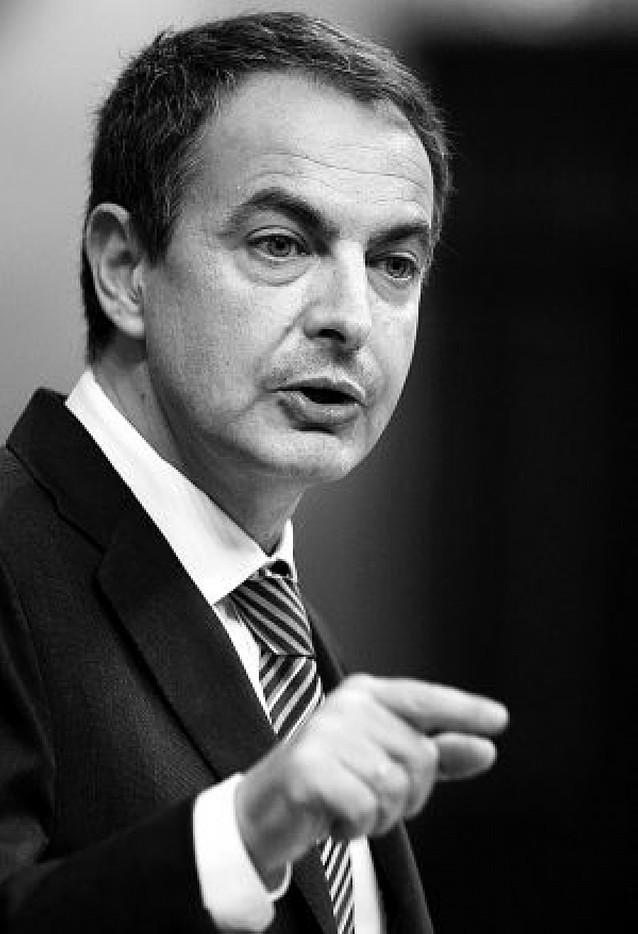 Zapatero agradece a Salvador (UPN) su felicitación por las detenciones de ETA