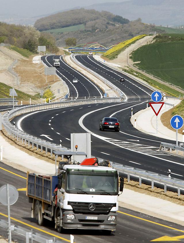 La Autovía a Jaca llega hasta Loiti y suma ya 24,7 km abiertos en Navarra