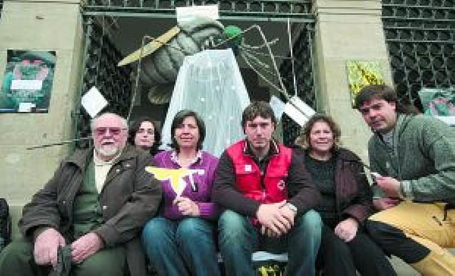 Medicus Mundi y Cruz Roja, unidos en el día Internacional contra la Malaria en Pamplona