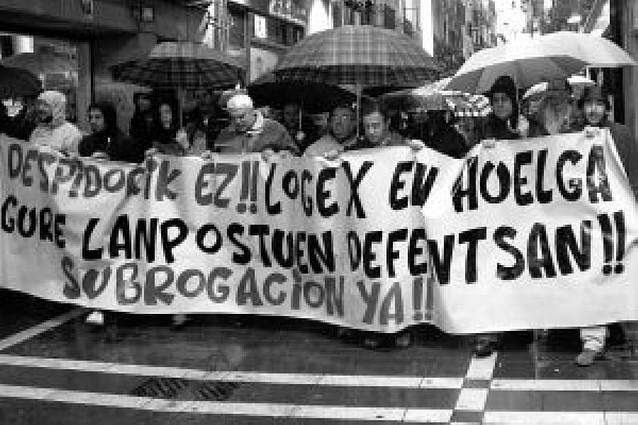 250 personas protestan en Pamplona por el ERE de Logex