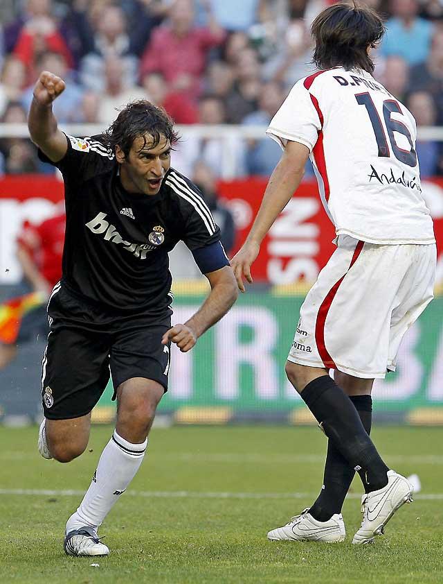 El Real Madrid aprieta la cabeza con una clara victoria en Sevilla (2-4)