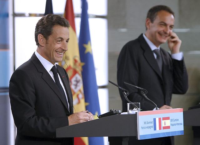 Zapatero y Sarkozy acuerdan combatir la financiación del terrorismo y la inmigración ilegal