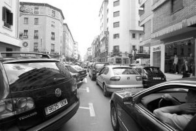 Los parking de Pamplona se quedan vacíos de noche mientras 2.125 vecinos no pueden aparcar