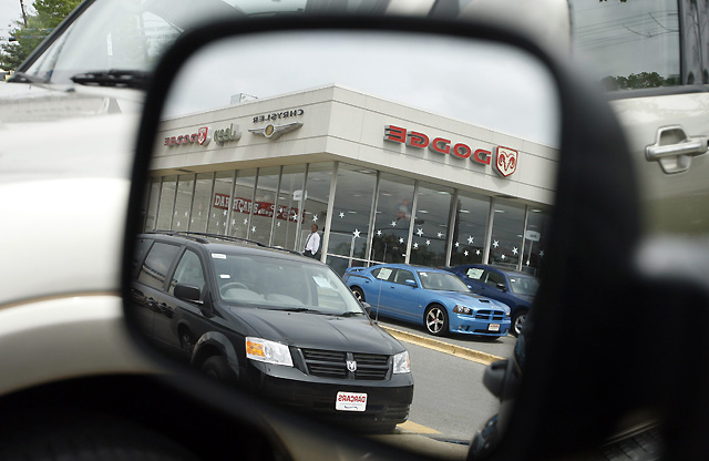 Obama anuncia la quiebra de Chrysler y la alianza de la compañía con la italiana Fiat