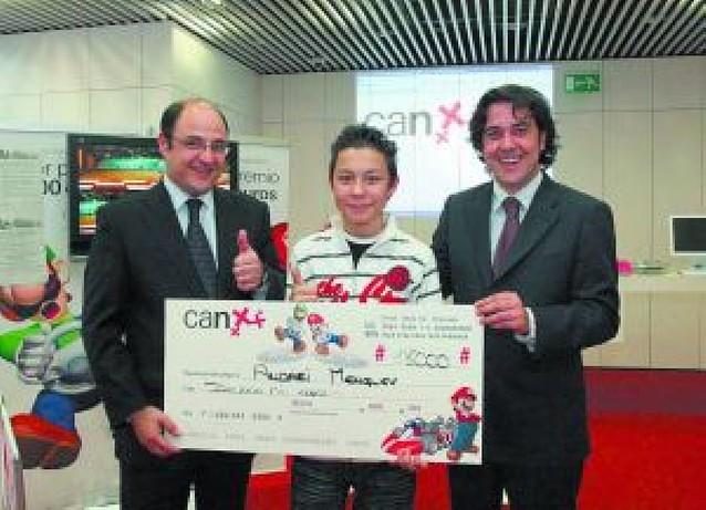 Andrei Mengliev, de Valencia, gana el Mariokart
