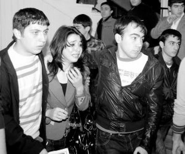 Un estudiante mata a tiros a 13 personas en una universidad de Azerbaiyán