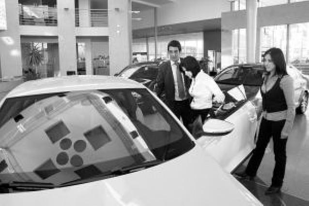 Se venden 1.600 vehículos y 31.847 electrodomésticos dentro de los planes Renove