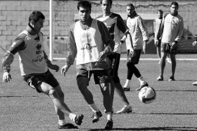 El Málaga puede hundir para siempre al Numancia