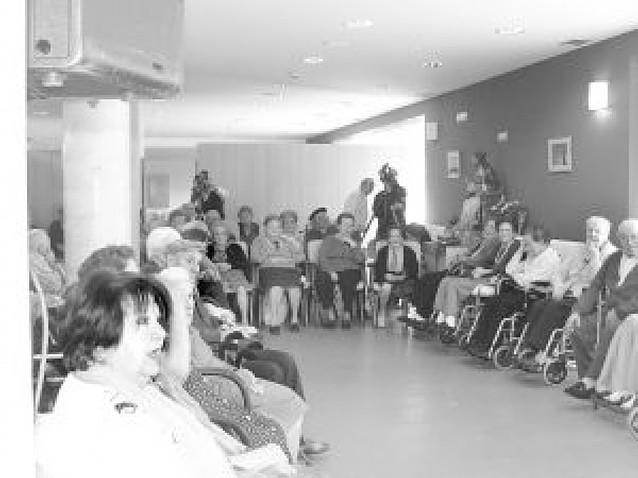 La residencia de ancianos de Mendavia celebra sus cinco años
