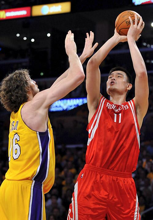 Los Rockets y Magic sorprendieron con sus triunfos ante Lakers y Celtics