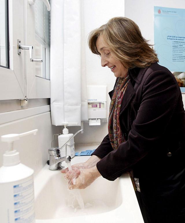 Kutz advierte de la importancia de lavarse las manos para prevenir infecciones
