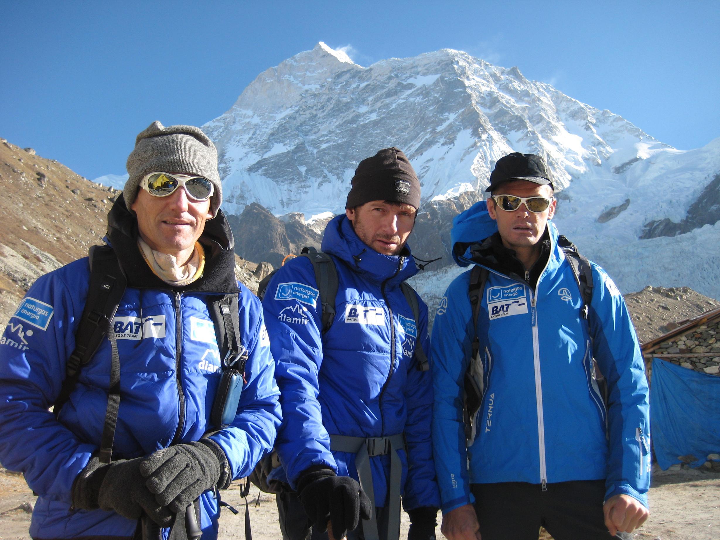 El montañero pamplonés Mikel Zabalza parte la próxima madrugada rumbo a la cumbre del Makalu (8.463 m.)