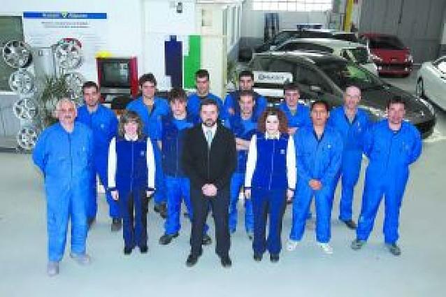 Peugeot premia a Automóviles Marco