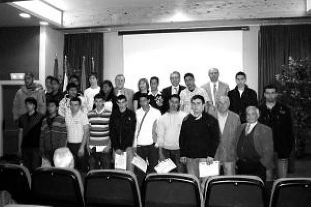 La escuela taller cirbonera forma a 19 alumnos en electricidad y albañilería