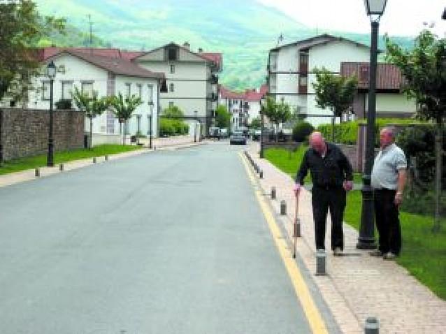 Condenan a Baztan a 120.000 euros por la tala de dos tilos