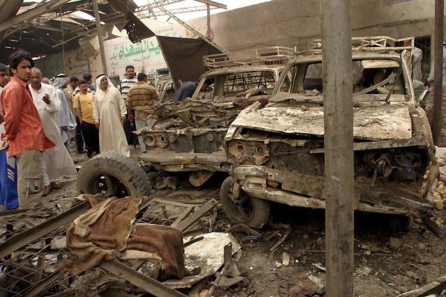 Al menos once muertos tras la explosión de una camioneta bomba en un mercado de Bagdad