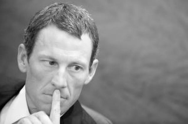 Armstrong dice que no puede ganar la maglia