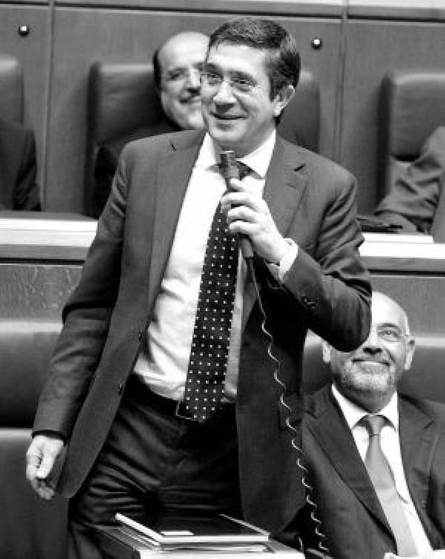 """Patxi López está dispuesto a """"arriesgar"""" para asistir en su mandato al fin de ETA"""
