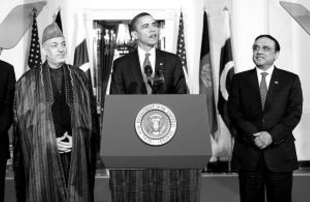 Karzai y Zardari se comprometen ante Obama para luchar contra el terrorismo