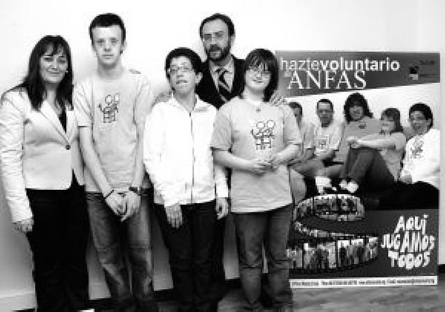 Anfas necesita para este verano voluntarios como Carles Puyol