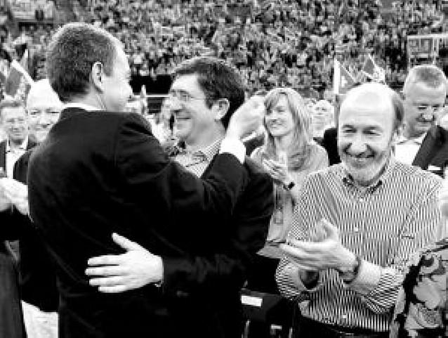 Zapatero lanza la candidatura del PSOE prometiendo más políticas sociales
