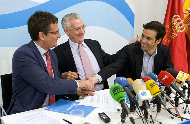 Basagoiti asegura que primarán las relaciones normales entre Navarra y el País Vasco