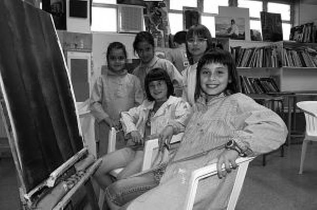 Los casi 200 alumnos de pintura de Almudí pliegan sus caballetes