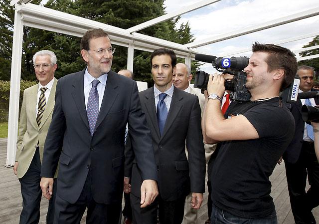 """Rajoy afirma que los """"incumplimientos"""" del PSOE """"han calado en España"""""""