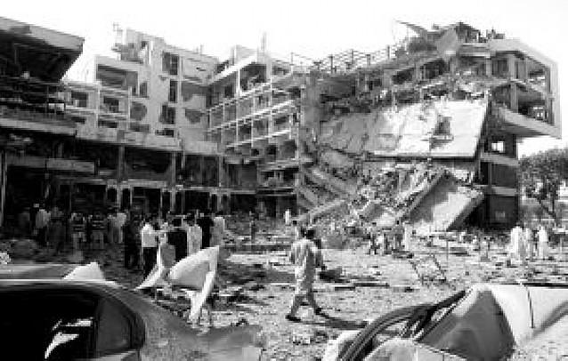 """Conmoción en Pakistán tras el atentado en el hotel """"Pearl Continental"""""""